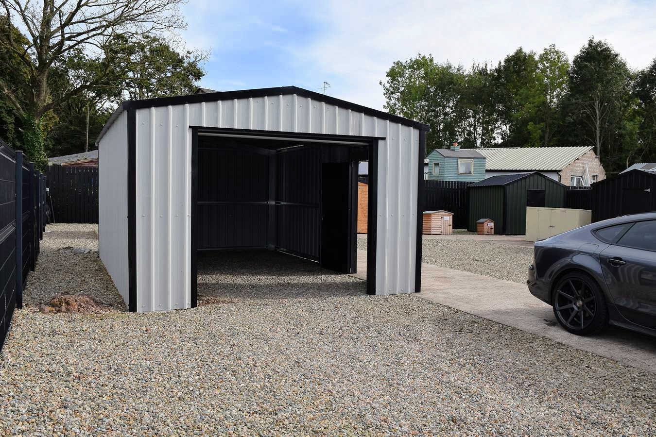 Metal Garages & Workshops
