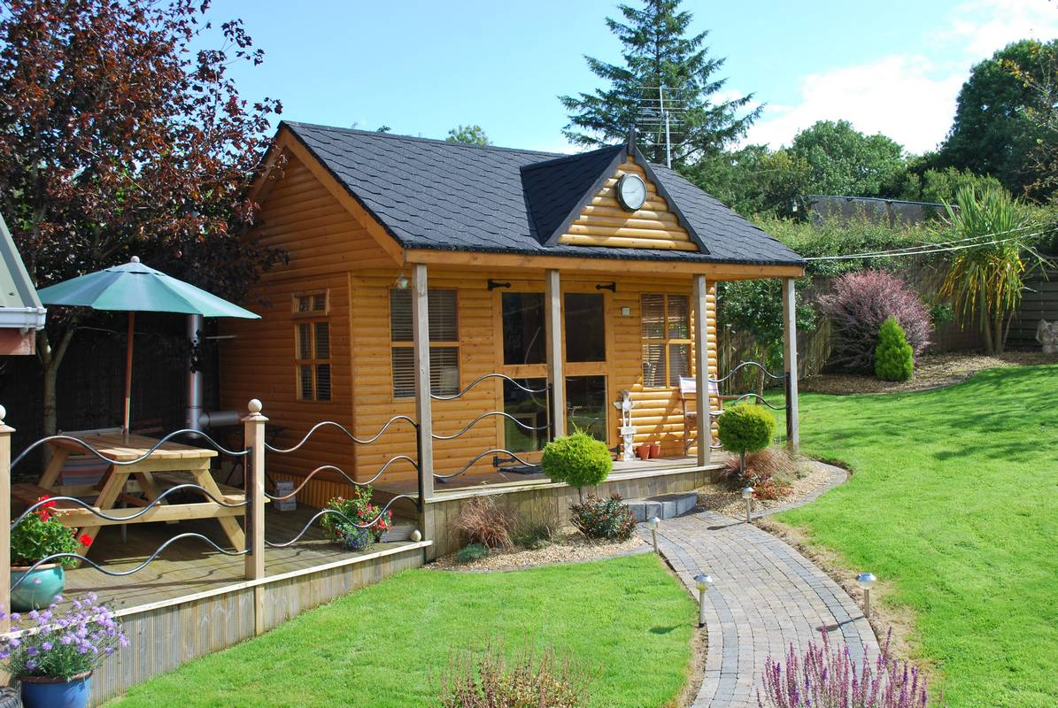 outdoor room 1 - Garden Sheds Ni