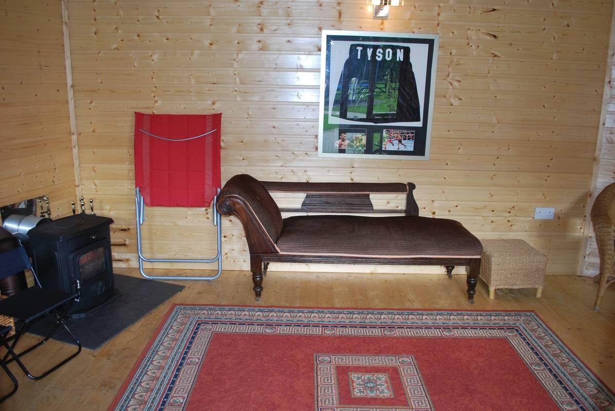 outdoorroom23.jpg