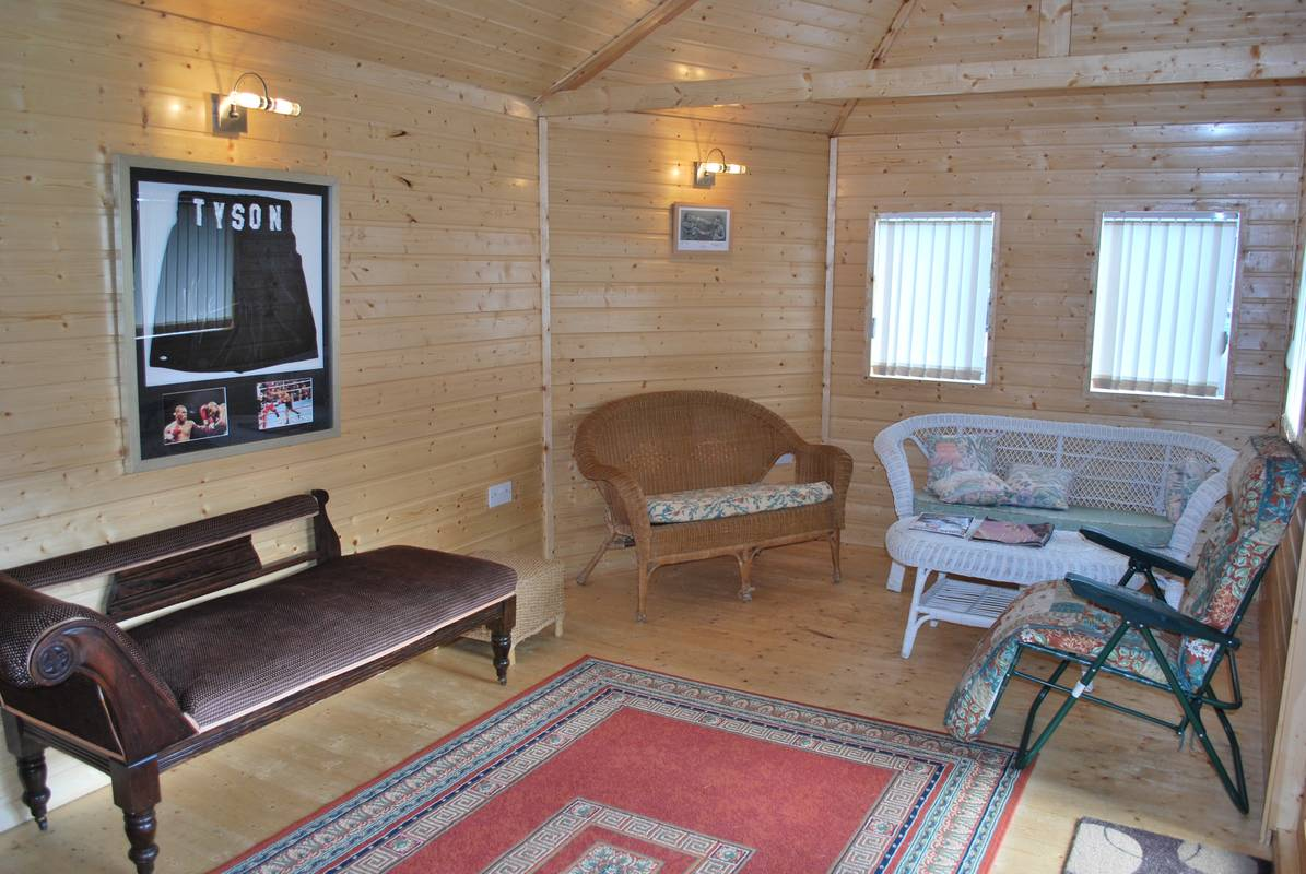 outdoorroom28.jpg