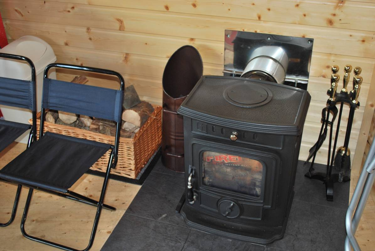 outdoorroom30.jpg